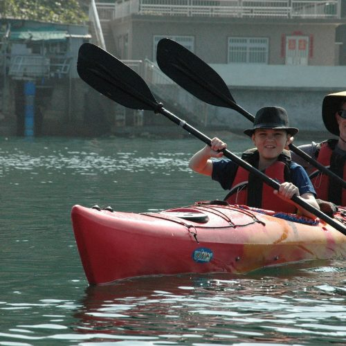 sea-kayaking-253525_1920